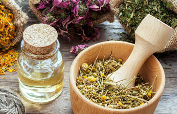 Essential-Oil-Vial-Herbal-Remedies